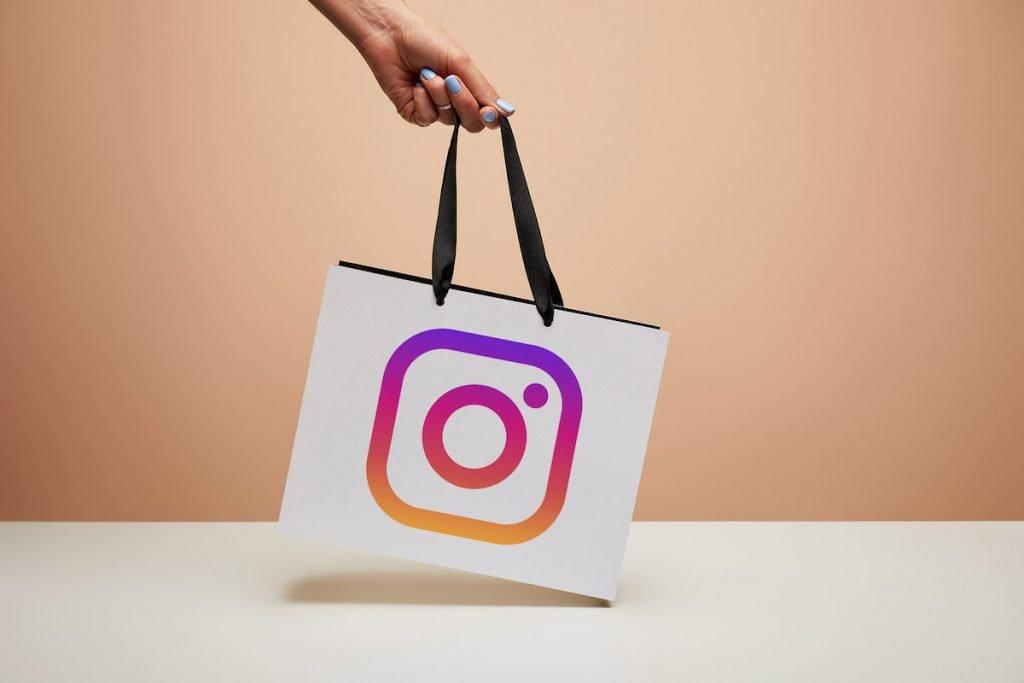 Attivare Instagram Shop